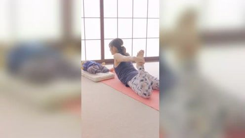 产后瑜伽:改善驼背、活化脏器的瑜伽