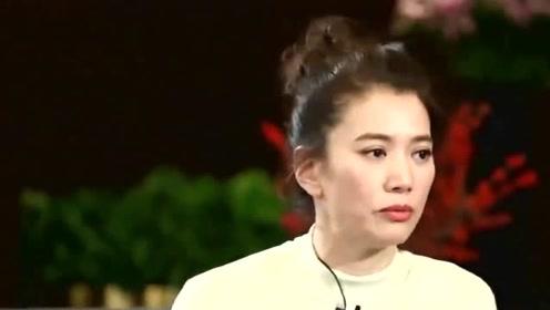 袁咏仪陪儿子魔童去购物,向店员曝儿子的丑闻,将爸爸的手机扔进泳池