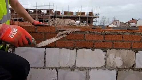 德国人砌砖就是认真专业,国内工人该好好学一下