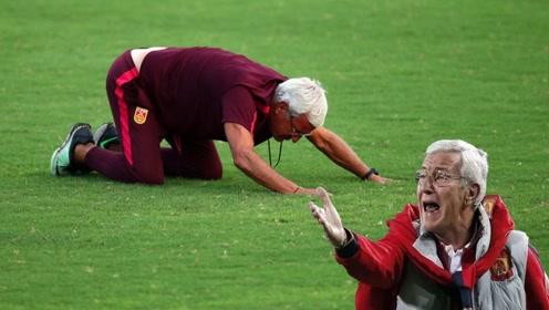 球迷:强烈建议!能不能给国足请个专门的停球教练