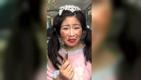 丑女化妆后居然变身漂亮仙女,太神奇了,这真的是一个人吗?
