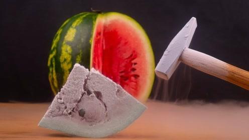 将零下195℃的液氮倒在西瓜上,会发生什么?镜头记录全程!