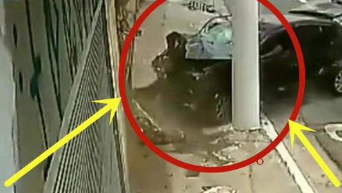 悲惨!小伙下班骑车回家,半路惨遭截杀,监控拍下惊险过程!