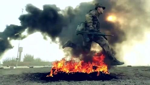 这不是拍戏!新兵训练场酷似战争大片 硝烟蔽日火光冲天