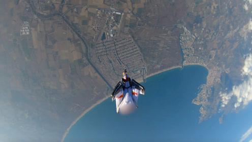 中国第一飞人,每天从悬崖上跳3次:老外能做到的,我们中国人也行