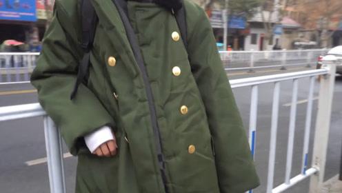 老外很不解:这件衣服不是很贵吗,怎么你们中国东北人人都穿?