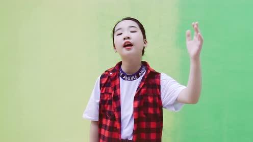 肖霖轩原创单曲《在你身边》MV首发