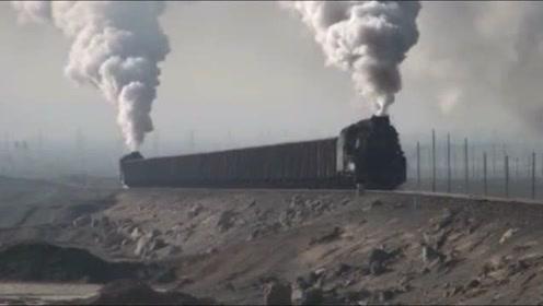 中国古老的蒸汽火车,蒸汽喷发的那一刻,看着真是经典!