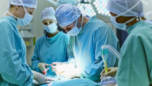 为什么医生手术时都用布遮着,通过一个洞手术?看完算搞明白了