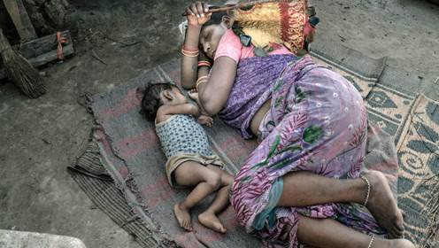 印度贫富差距有多大?同面墙下不同生活,镜头直击让人心酸
