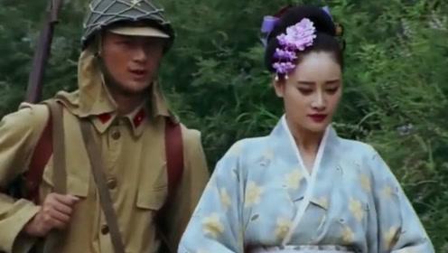 女孩假扮日本人去敌营,到门口一张嘴狂飙日语,鬼子:原来自己人