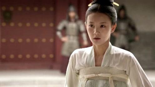 """李一桐被网友评论""""带谁谁不火"""" 回应:我体寒"""