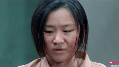 郭敬明亲自指导组员排戏,不断调整组员感情