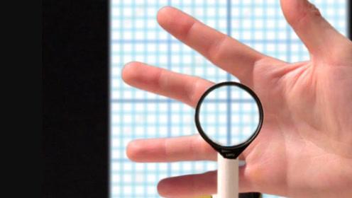 魔术中的隐身是怎么做到的?小哥用4个透镜轻松完成,这是啥原理