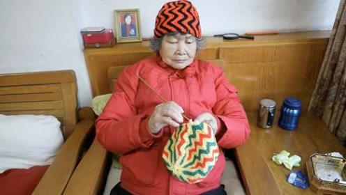 """一针一线做公益!""""抗癌奶奶""""编织3千多件衣帽送孤寡老人"""