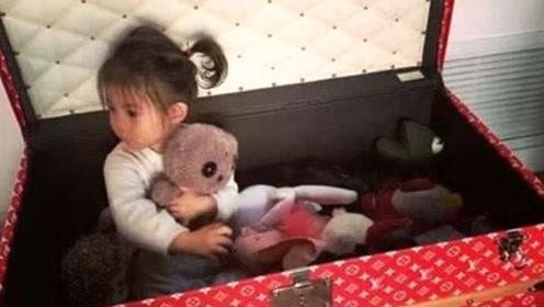 百万箱子给女儿收玩具,名表戴胳膊,陈冠希宠女无上限