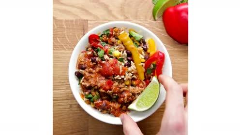 工作日膳食绝佳选择:土耳其塔可碗餐,制作简单又美味!