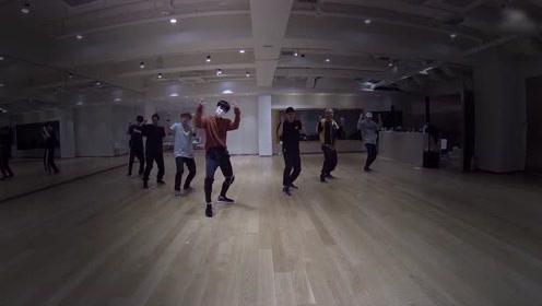 Ten《梦中梦》练习室舞蹈版本 跳的真不错
