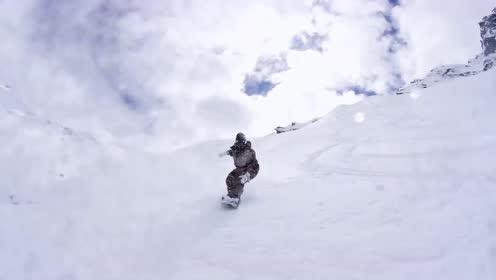 走!让我们到新西兰南岛的瓦纳卡滑雪冲锋去