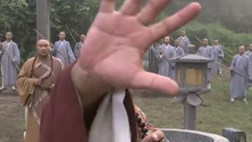 游坦之大战少林玄慈方丈,乔峰一掌从丁春秋手里抢出阿紫