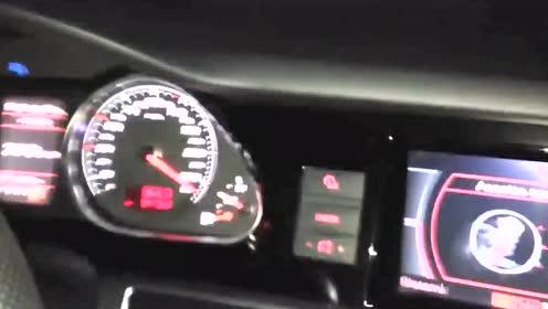 日产GT-R R35与奥迪RS6