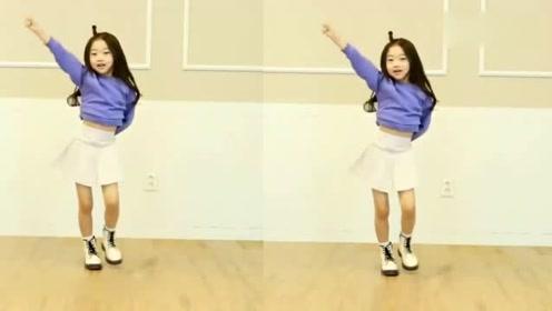 小女孩的《体操舞》萌萌的太可爱了!