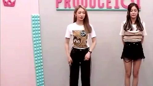 孟美岐和吴宣仪小姐姐挑战1.5倍速《pickme》舞蹈, 很默契