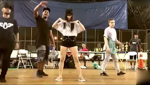 巴西斗舞女孩帅到全场观众尖叫,这一跳真是征服了我的心!
