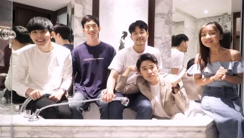厕所里唱《不得不爱》 中国、马来西亚、韩国