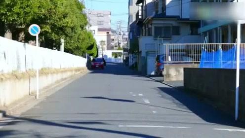 日本初中生上学路上模仿迈克尔杰克逊,舞步惊艳众人