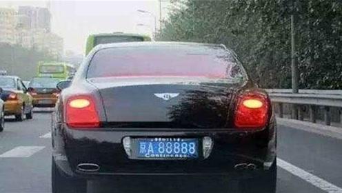京A88888的车主到底是谁?他居然也是国内第一个拥有法拉利的人!