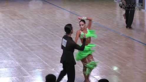 热情似火的舞蹈,全程都被吸引,根本不想错过好看的舞蹈