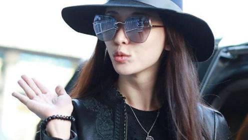 林志玲腰系围巾似穿长裙靓爆机场吗,向粉丝热情抛飞吻