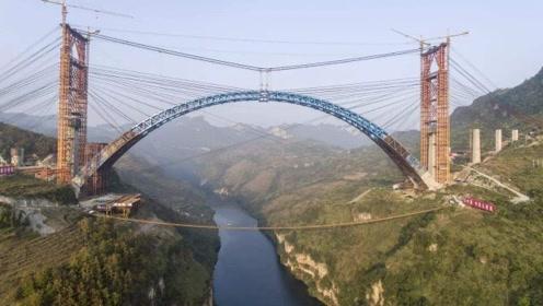 中国最难修的一条铁路,13年300个专家还未解决,不是青藏铁路!