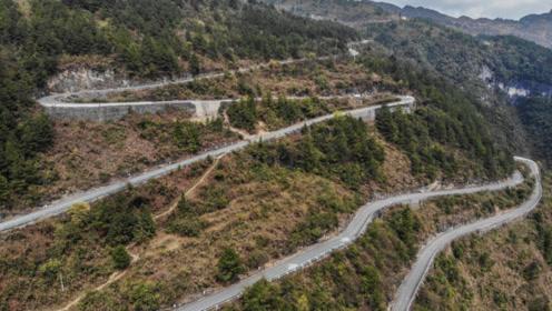环华之旅:开车行驶在这样的乡道上,还去什么西藏,还去什么远方