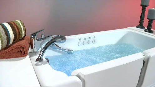 普通人家里能不能装浴缸? 老师傅分析完,才知它实用性不大!