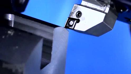 科技探秘:高速摄影机捕捉机床钻头,金属切割非常强悍