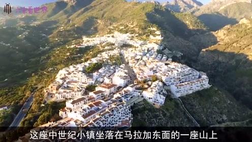 西班牙最美小镇,离非洲不到2公里,这差距不是一般的大