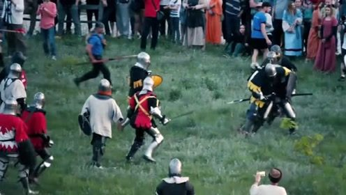 百名战士参与中世纪战斗 仿若《权力的游戏》