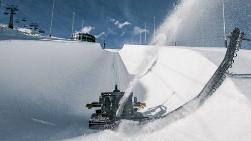 巨无霸除雪车,一边吞雪一边喷,一分钟修7.5米雪道,滑雪专用
