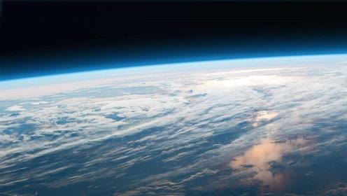 太阳光足以温暖地球,为何日地之间的空间却冰冷?现在明白了