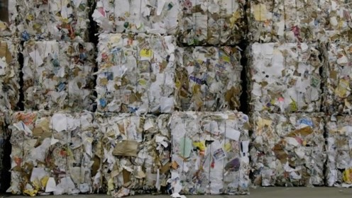 中国拒收洋垃圾后,马来西亚放大招:把澳英美送来的垃圾退回去