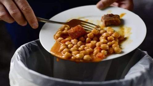 喜欢吃剩菜剩饭的要留意,这几点别再大意了,不然身体越来越差
