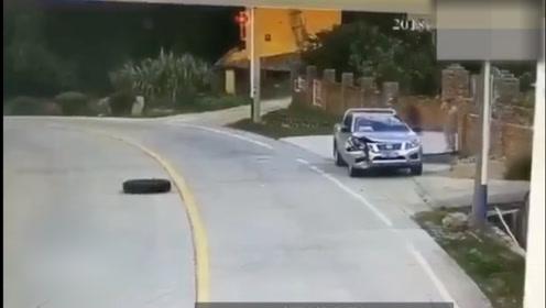 人在车上坐,轮从天上来
