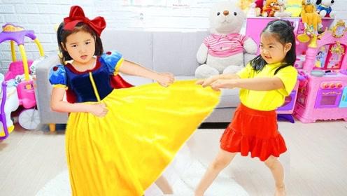 姐姐妹妹抢夺漂亮裙子,幸好哥哥及时出现,让姐妹重归于好了!