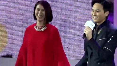 节目中袁咏仪对章子怡说这些话,张智霖爱她27年不是没有原因的