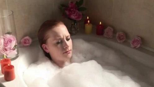 为什么女生洗澡时间那么长,你以为只是单纯洗澡?其实是这样!