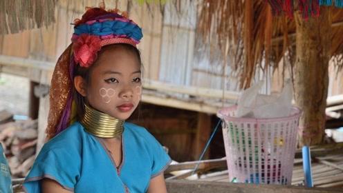 实拍泰国长颈族女人:铜环一生只能摘下三次,取下后情景让人落泪