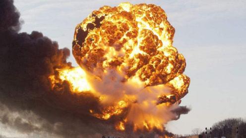 俄本土发生爆炸,上万民众被迫撤离,普京直言要求美国负责