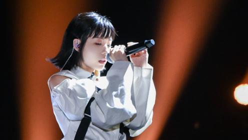 李泽珑:风格独特的灵魂歌者